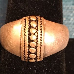 Jewelry - Sterling brushed silver ring.